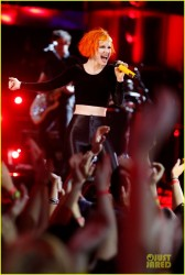 Hayley Williams - Leather Pants On The Voice 2013
