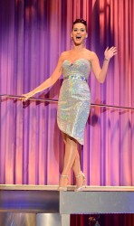 Katy Perry on The Alan Carr Chatty Man Show - December 20, 2013 Episode