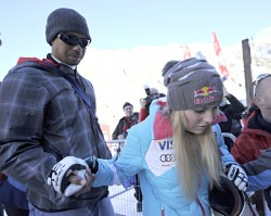 Lindsey Vonn - Audi FIS Alpine Ski World Cup Women's Downhill in Val d'Isere 12/21/13