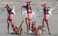 Alessandra Ambrosio, Elizabeth Mitchell, Hilary Swank, Jennifer Aniston, Kristen Stewart (Wallpaper) 6x