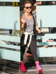 Kaley Cuoco - at SoulCycle in West Hollywood 12/28/13