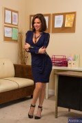 Veronica Avluv - Housewife 1 on 1 (11/11/13) x34