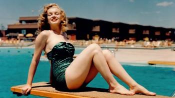 Marilyn Monroe - Classic Wallpaper - Wide - x 1