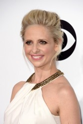 Sarah Michelle Gellar - 2014 People's Choice Awards 1/8/14