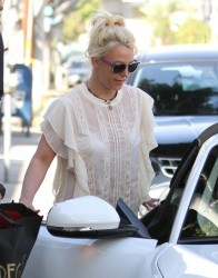Britney Spears - Shopping in West Hollywood 1/22/14