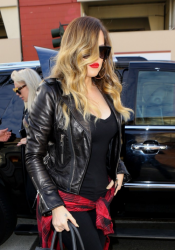Khloe Kardashian - At Bob Hope Airport in Burbank 1/25/14