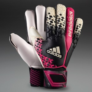Download Casillas Gloves For PES 2014 by Sergio-Argentina