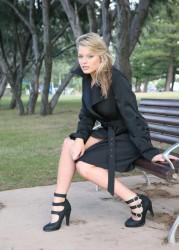 http://thumbnails109.imagebam.com/30644/976230306430112.jpg