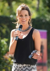 Kate Beckinsale - Yoga fundraiser in LA 2/13/14