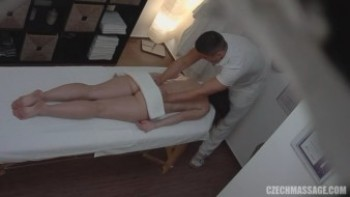 File: Czech_Massage__E37.wmv