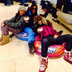 Rihanna Celebrating Pre-Birthday With Friends Sledging !