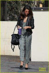 Selena Gomez - Going to a meeting in LA 2/20/14