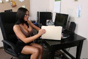 Mackenzee Pierce - Office ASS-istant   720p Cover