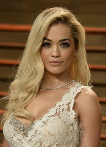 Fotos UHQ & MQ: Rita Ora en 2014 Vanity Fair Oscar Party Hosted By Graydon Carter