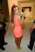 Bella Thorne - Yoshi's Celebrity Egg Decorating Egg-sperience (LEGGY) 3/09/14