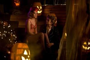 """2 stills de Dakota Johnson en """"Beastly"""" (2011) ahora en UHQ sin marcas!"""