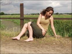 http://thumbnails109.imagebam.com/31520/053d95315197258.jpg