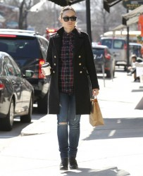 Olivia Wilde walking in Concord, Massachusetts on April 3rd, 2014