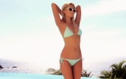 Paris Hilton : Hot Widescreen Wallpapers x 20 (3 of 3)