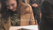 Signing Autographs at 'The Great Gatsby' Premiere Party in NYC (May 1) 77639e319505104