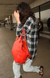Selena Gomez - At LAX Airport 4/10/14