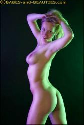 http://thumbnails109.imagebam.com/32075/5c2b41320742536.jpg