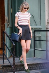 Taylor Swift - Out in NYC 4/24/14
