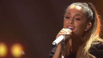 ARIANA GRANDE - HOT - IHeartradio Music Awards 2014