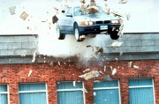 Джеймс Бонд 007: Завтра не умрёт никогда / Tomorrow Never Dies (Пирс Броснан, 1997) C4aa9d324382897