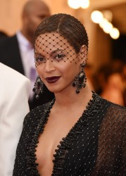 Beyonce - 2014 Met Gala in NYC 5/5/14