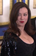 Jennifer Tilly - 2014 Writer's Guild Awards - Big Boobs - Short arrival video