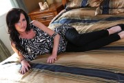 Veronica Avluv - The Babysitter (10/16/12) x116