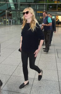 Kirsten Dunst - London Heathrow Airport - x 5