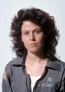 Чужой / Alien (Сигурни Уивер, 1979)  6ca39e330369776