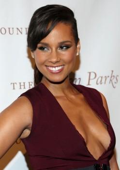 Alicia Keys - 2014 Gordan Parks Foundation Awards Dinner & Auction in NY 06/03/2014
