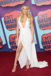 LeAnn Rimes - CMT Music Awards in Nashville 6/4/14