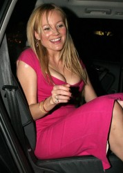 Jewel Kilcher awesome cleavage in tight pink dress arrives at Hollywood Life Magazine's 9th annual Young Hollywood Awards 4/22/07