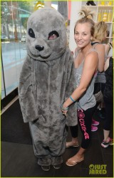 Kaley Cuoco at the Wheels For Seals Event Benefiting The Humane Society Of The United States in Beverly Hills on June 23, 2014