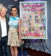Katy Perry - Receiving Certificate Award In Washington - June 25 2014
