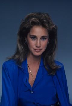 Pamela Bellwood: 'Dynasty' Vixen: UHQ x 1