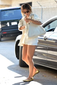 Vanessa Hudgens out and about candids 19