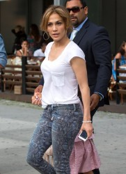 Jennifer Lopez - Leaving her hotel in NYC 7/10/14