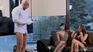 image Aleska diamond bachelorette bang