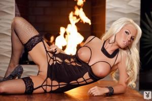 http://thumbnails109.imagebam.com/33982/720638339811479.jpg