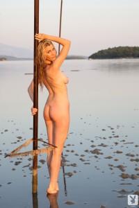 http://thumbnails109.imagebam.com/34207/e2b6c2342062135.jpg