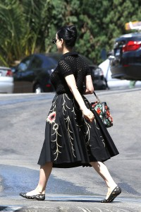 cca66f342187502 Dita Von Teese grabs breakfast at Stamp restaurant (July 30, 2014) candids