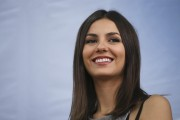 Victoria Justice - JetBlue 'Soar With Reading' Event 8/8/14