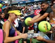 Agnieszka Radwanska @ Rogers Cup in Montreal, Canada - August 10-2014 x24