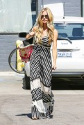 Denise Richards Seen leaving Cristophe Salon in Beverly Hills August 14-2014 x17