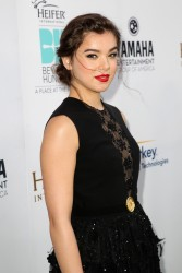 Hailee Steinfeld – 3rd Annual Beyond Hunger: A Place At The Table Gala – August 22, 2014 – 20
